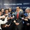 Ponta şi-a depus candidatura pentru prezidenţiale, la BEC