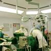 Muzica îi ajută pe chirurgi să fie mai eficienţi