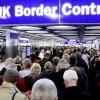 Cameron vrea limitarea numărului imigranţilor din statele UE
