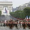 Franţa îşi reduce efectivele militare