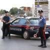Un român din Italia şi-a atacat soţia şi copiii cu un ciocan!