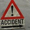 Trei tineri s-au răsturnat cu mașina în Pasul Bran