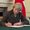 Theresa May declanșează Brexitul!