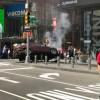 O mașină a intrat în pietoni în New York