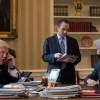 Consilier al lui Trump, vizat de o anchetă privind Rusia