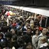 """""""Scuturi anti-suicid"""", pe peroanele de metrou"""