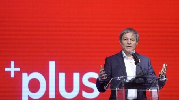 """Cioloș pune """"punctul pe i"""": """"O comisie parlamentară poate aduce lumina necesară în dosarul """"10 august""""!"""