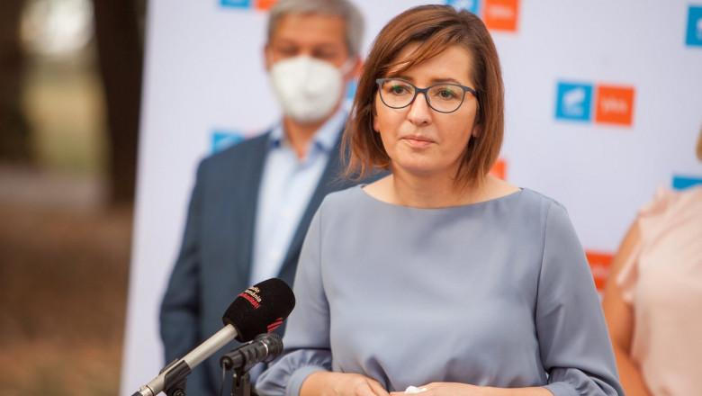 """Ministrul Sănătății, Ioana Mihăilă, pune """"punctul pe i"""": """"Nu este posibil să ajungem la cinci milioane de persoane imunizate până în iunie!"""""""